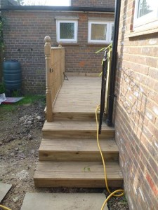Decking, Berkeley Ave, Chesham 2